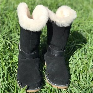 UGG Shoes - UGG black for big girls size 3 Authentic